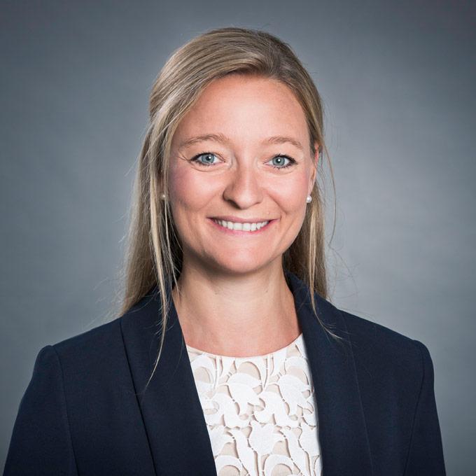 Anna Stretz, Maître en droit