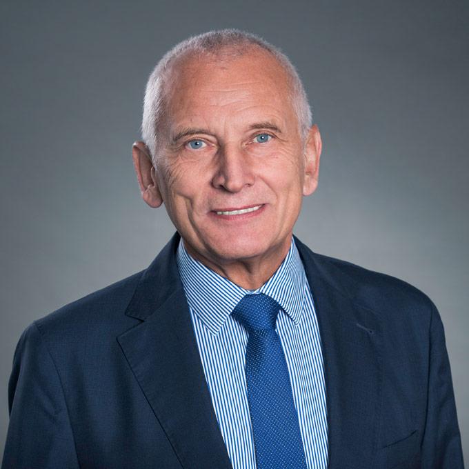 Dr. Hans-Egon Pause